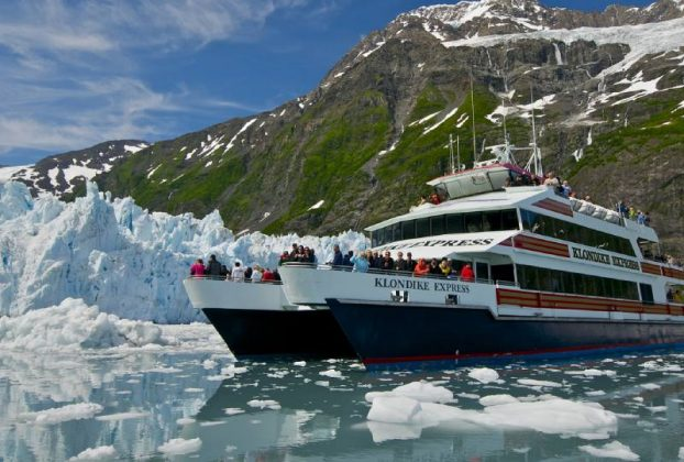 What_are_Tourist_Attractions_in_Alaska
